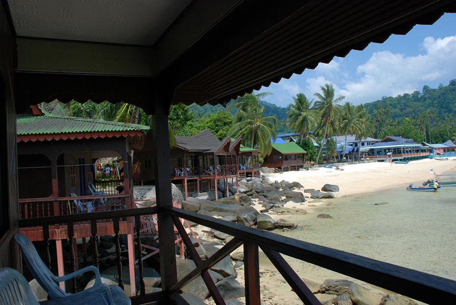 Deluxe Seaview rooms at Salang Indah
