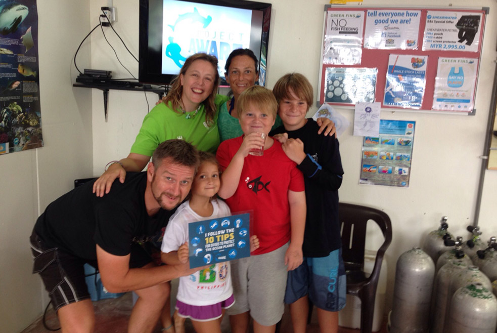 The Twiggs Family take part in the Project AWARE Specialty